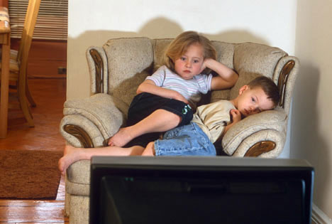 the influence of television on the behavior of children Recommended citation breyer, alicia, the influence of books, television, and computers on empathy and altruistic behavior in young children (2017.